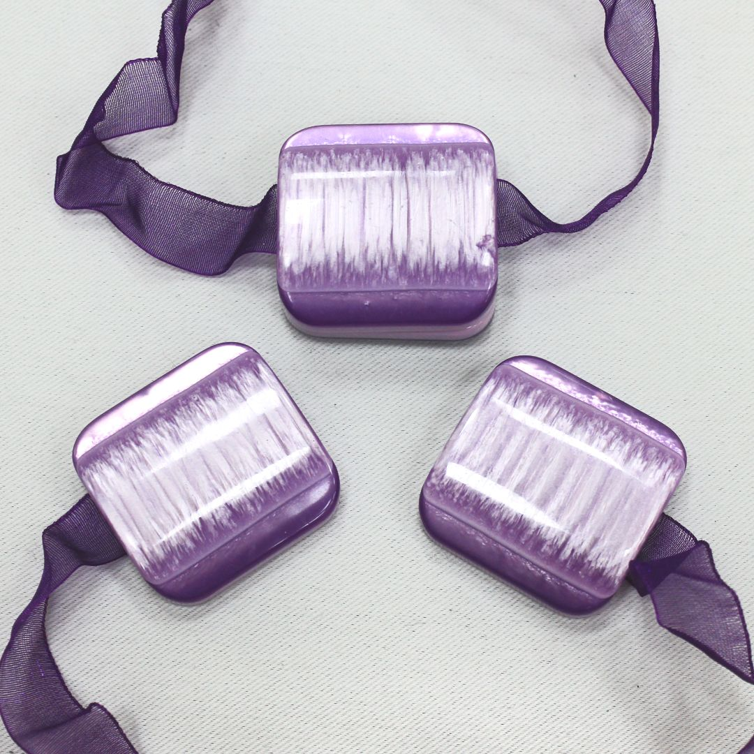 Магнит для штор TexRepublic Lenta, цвет: сиреневый, 2 шт. MI M11-1179030Украшения для штор в виде декоративных магнитов используются для крепления шторы и декора окна.