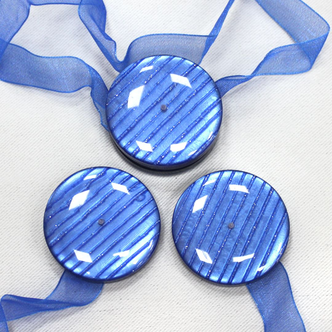 Магнит для штор TexRepublic Lenta, цвет: синий, 2 шт. MI M10-681999Украшения для штор в виде декоративных магнитов используются для крепления шторы и декора окна.