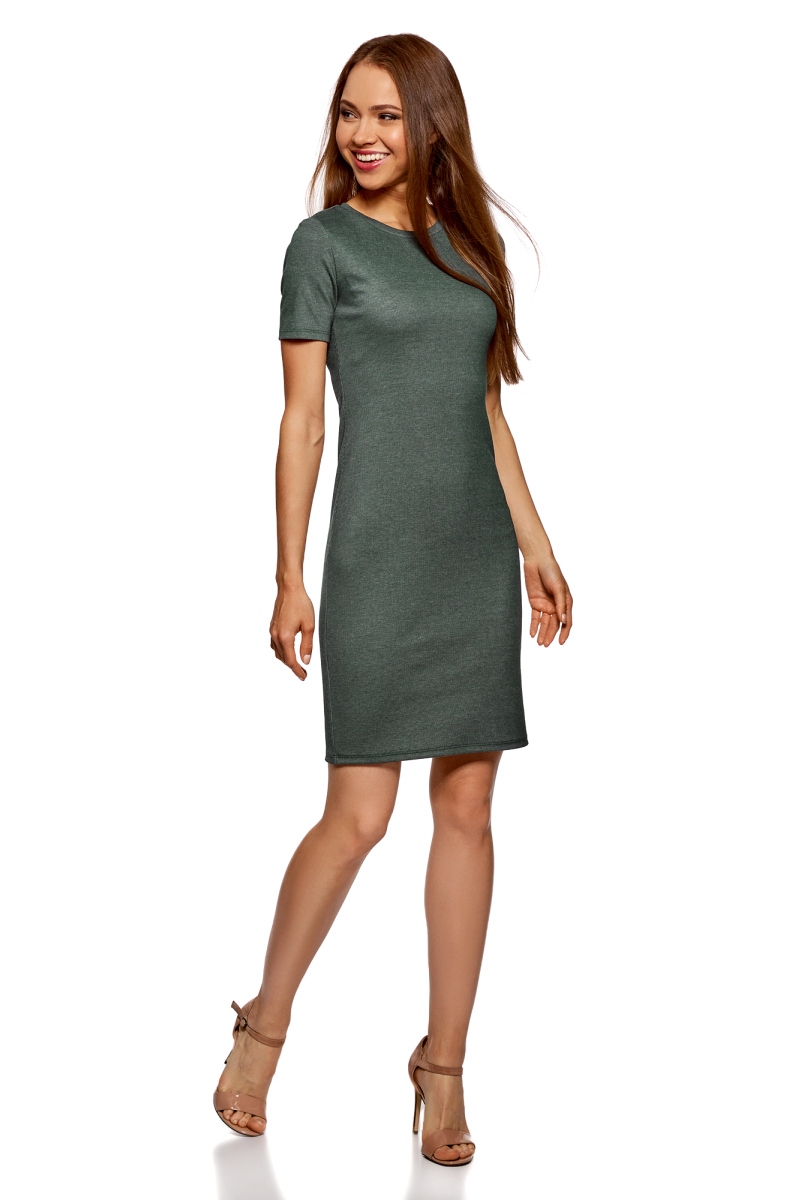 Платье oodji Ultra, цвет: темно-зеленый, серый. 14011031/47349/6923N. Размер M (46)14011031/47349/6923NПлатье от oodji выполнено из высококачественного материала в рубчик. Модель облегающего кроя с короткими рукавами и круглым вырезом горловины.