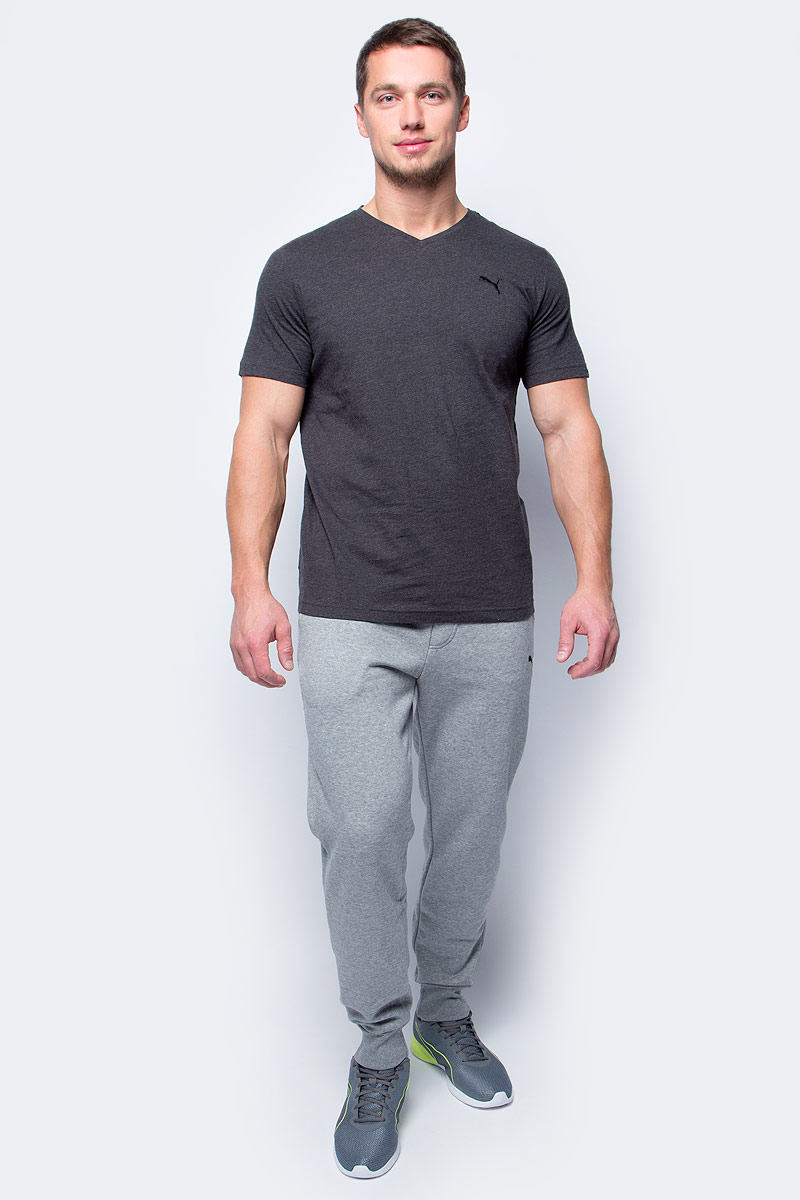 Брюки спортивные мужские Puma ESS Sweat Pants, FL, Cl., цвет: светло-серый. 83837803. Размер XXL (52/54)83837803Спортивные брюки Puma ESS Sweat Pants, FL, cl. выполнены из плотного трикотажа с мягким внутренним слоем. Среди других отличительных особенностей изделия - пояс из его основного материала с продернутым в нем затягивающимся шнуром. Удобные карманы в швах, манжеты внизу штанин из трикотажа в рубчик, а также нашитая сверху задняя кокетка для лучшей посадки по фигуре. Модель декорирована вышитым логотипом PUMA.