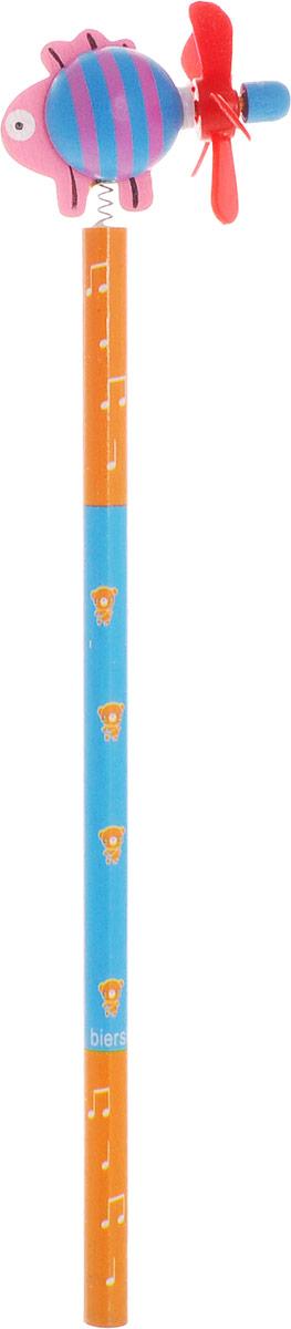 Карамба Карандаш простой Рыба цвет корпуса оранжевый голубой2324_оранжевый, голубойЭтот забавный чернографитный карандаш легко найдет себе место на вашем столе. Деревянный корпус окрашен в оранжево-голубые цвета с орнаментом и декорирован фигуркой в виде рыбки, крепящегося при помощи пружины. На хвостике рыбки расположен крутящийся пропеллер. Характеристики: Материал: дерево, пластик.Длина карандаша (без фигурки): 17,7 см.Размер фигурки: 3 см х 5 см.