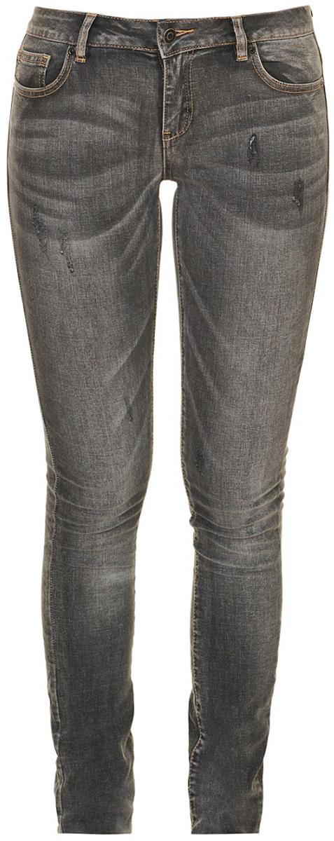 Джинсы женские Baon, цвет: серый. B307512_Grey Denim. Размер 27 (42)B307512_Grey DenimЖенские джинсы от Baon выполнены из высококачественного денима. Модель зауженного кроя в поясе застегивается на пуговицу, имеются шлевки для ремня и ширинка на молнии. Джинсы имеют классический пятикарманный крой и оформлены перманентными складками и декоративными потертостями.