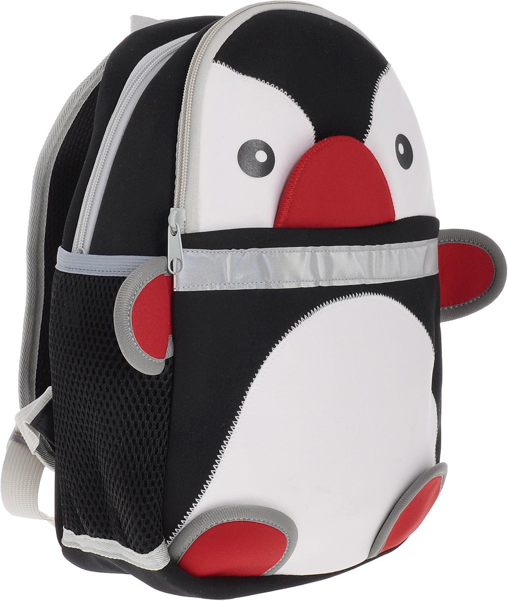 Феникс+ Рюкзак дошкольный Пингвин44616Дошкольный рюкзак Феникс+ Пингвин малыш сможет взять с собой на прогулку, в гости или в детский сад.Рюкзак выполнен из износоустойчивой ткани, что позволяет ему надежно служить долгое время. Лицевая сторона изделия выполнена в виде пингвина и дополнена накладным карманом на застежке-молнии. Изделие содержит одно отделение, закрывающееся на молнию. По бокам данной модели находятся два открытых сетчатых кармашка.Рюкзак оснащен регулируемыми по длине плечевыми лямками и дополнен текстильной ручкой для переноски в руках. Светоотражающие элементы не оставят незамеченным вашего ребенка в темное время суток.