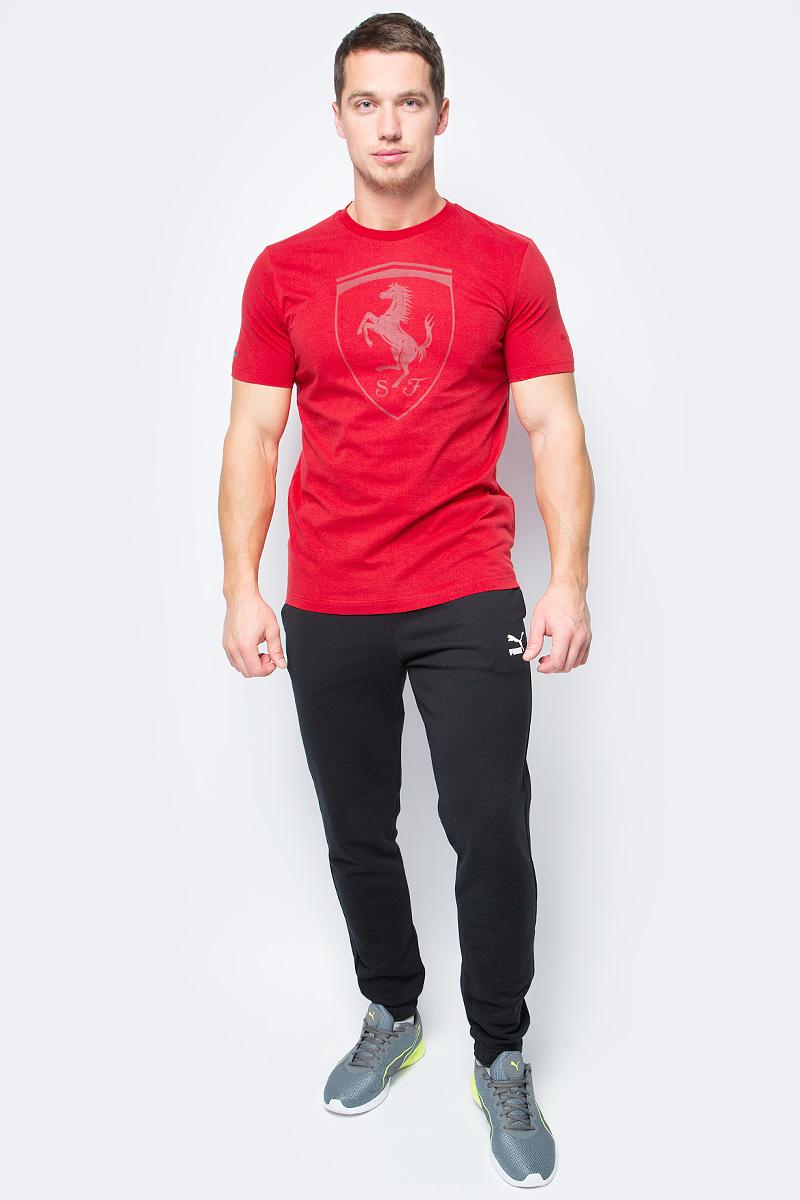 Футболка мужская Puma Ferrari Big Shield Tee, цвет: красный. 57346702. Размер XL (50/52)57346702Модель декорирована прорезиненной эмблемой Ferrari, набивной надписью Ferrari с прорезиненными элементами, а также набивным логотипом Puma с прорезиненными деталями. Отделка сзади выполнена контрастной тесьмой.