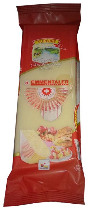Le Superb Сыр Эмменталлер, 195 гМС-00003327Сыр, как поэма, ароматный и пряный. Подлинный швейцарский Эмментальценится во всем мире. Сильный вкус, мягкая консистенция, цвет слоновойкости или светло-желтый и наличие крупных дырок делают этот сырнеповторимым. Твердый сыр, период созревания составляет 5 месяцев.