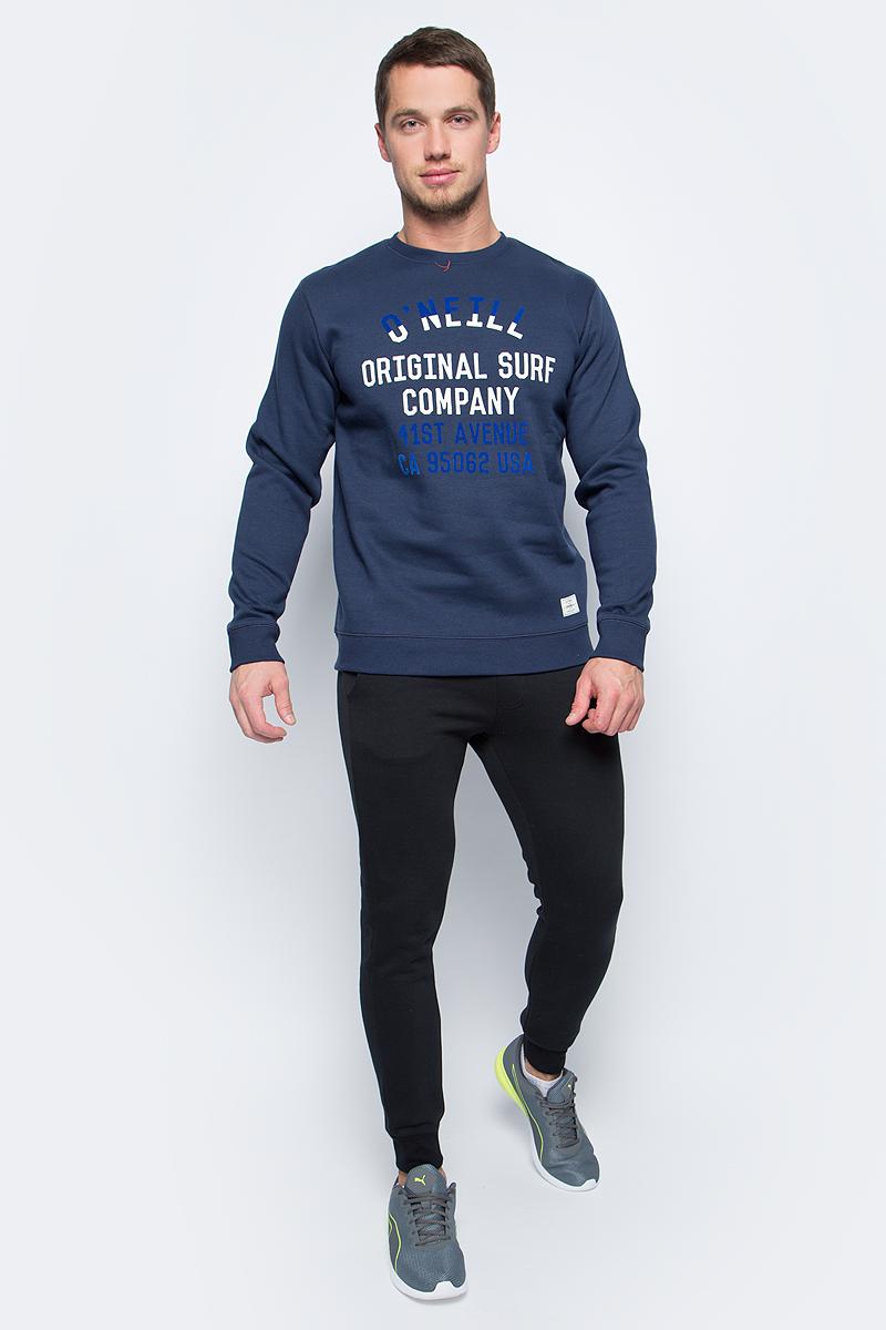 Свитшот мужской ONeill Lm Pch Logo Crew Sweatshirt, цвет: синий. 7P1416-5056. Размер XL (52/54)7P1416-5056Стильный мужской свитшот от ONeill выполнен из хлопкового трикотажа. Модель с длинными рукавами и круглым вырезом горловины на груди оформлена надписями. Манжеты рукавов и низ изделия дополнены трикотажными резинками.