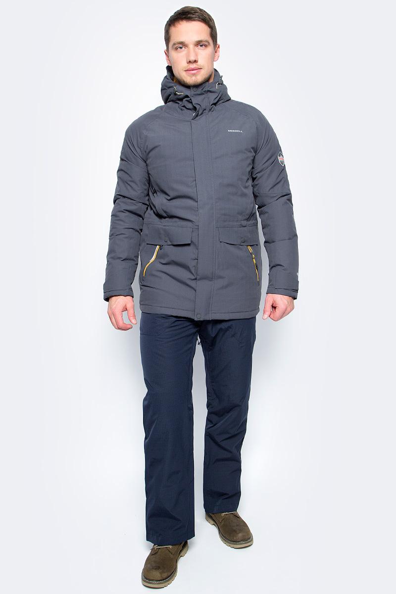 Пуховик мужской Merrell Alanni, цвет: темно-серый. A18AMRJAM09-93. Размер 48A18AMRJAM09-93Теплая пуховая куртка с капюшоном Merrell Alanni отлично подойдет для походов и активного отдыха на природе. Модель прямого кроя с капюшоном и воротником-стойкой, надежно защищающими от продувания, изготовлена из высококачественного материала. Мембрана M Select XDry с показателем водонепроницаемости 10000 мм и проклеенные швы защищают от дождя и снега. Материал с показателями паропроницаемости 10000 г/м2/24 ч обеспечивает циркуляцию воздуха и отведение излишней влаги. Утеплитель, состоящий на 70% из пуха и 30% из пера, согреет в холодную погоду. Куртка застегивается на молнию с ветрозащитной планкой на кнопках и липучках и дополнена четырьмя наружными и одним внутренним карманами. Имеется регулируемая внутренняя утяжка по талии. Светоотражатели сделают вас заметнее в темноте или в плохую погоду.Рекомендуемый температурный режим для данной модели до -20°С, исходя из расчета на среднюю физическую активность - ходьбу 4 км/ч.