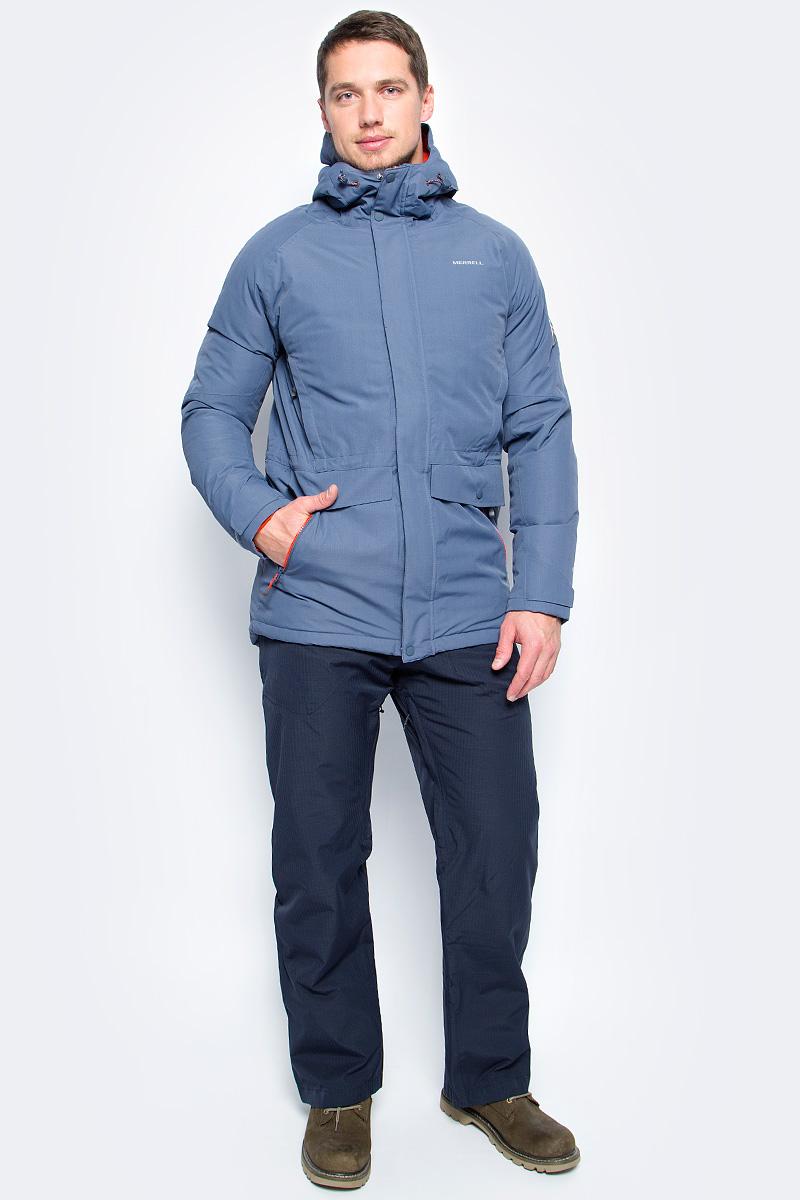 Пуховик мужской Merrell Alanni, цвет: серо-синий. A18AMRJAM09-S3. Размер 50A18AMRJAM09-S3Теплая пуховая куртка с капюшоном Merrell Alanni отлично подойдет для походов и активного отдыха на природе. Модель прямого кроя с капюшоном и воротником-стойкой, надежно защищающими от продувания, изготовлена из высококачественного материала. Мембрана M Select XDry с показателем водонепроницаемости 10000 мм и проклеенные швы защищают от дождя и снега. Материал с показателями паропроницаемости 10000 г/м2/24 ч обеспечивает циркуляцию воздуха и отведение излишней влаги. Утеплитель, состоящий на 70% из пуха и 30% из пера, согреет в холодную погоду. Куртка застегивается на молнию с ветрозащитной планкой на кнопках и липучках и дополнена четырьмя наружными и одним внутренним карманами. Имеется регулируемая внутренняя утяжка по талии. Светоотражатели сделают вас заметнее в темноте или в плохую погоду.Рекомендуемый температурный режим для данной модели до -20°С, исходя из расчета на среднюю физическую активность - ходьбу 4 км/ч.