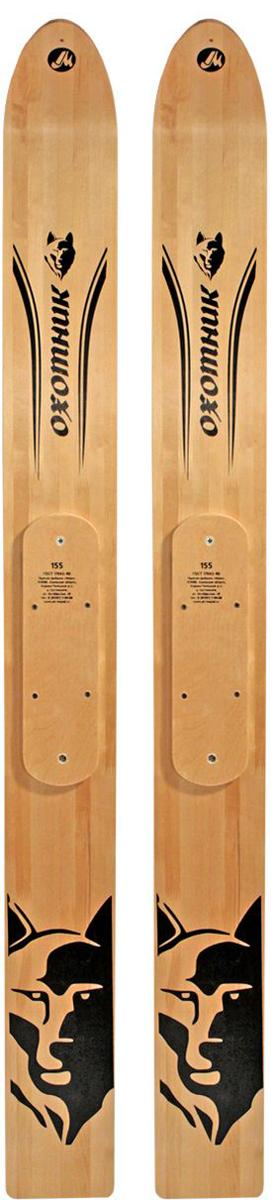 """Лыжи """"Охотник"""" применяются практически на всей территории России, кроме некоторых южных регионов. Они изготовлены из древесины лиственных пород (береза, осина). Склейка лыж """"Охотник"""" произведена морозо- и влагоустойчивым клеем шведского производства, что придает лыжам особую прочность. Покрытие лицевой стороны данных охотничьих лыж выполнено финским морозоустойчивым лаком с повышенным глянцем.  Деревянные охотничьи лыжи применяются в температурном диапазоне от -10°С до -30°С. Необходимым условием их эксплуатации является смоление скользящей поверхности (для предотвращения намокания древесины). При этом смоление производится в течение зимы по мере необходимости (истирания скользящей поверхности), но не менее 1 раза в сезон.   Правила хранения: после каждого использования охотничьи лыжи следует очистить от снега, а после - вытереть насухо. По окончании сезона деревянные лыжи при необходимости просмолить. Хранить охотничьи лыжи следует в вертикальном положении, при этом пяточная часть лыж не должна касаться влажного пола, или в горизонтальном, на боковых гранях с опорой не менее чем в трех точках. Лыжи для хранения складывают скользящими поверхностями, скрепляют держателями (или веревкой) у основания носового загиба и на расстоянии 5-6 см от среза пятки. Между лыжами в районе центра тяжести вставляют деревянный брусок толщиной 5-6 см. Запрещается хранить охотничьи лыжи около отопительных приборов и на солнце.  Область применения: зимняя охота и рыбалка, туризм, геологоразведка и нефтедобыча.Сопутствующие товары: смола, парафины, лыжные мази, палки, крепления, амортизаторы."""