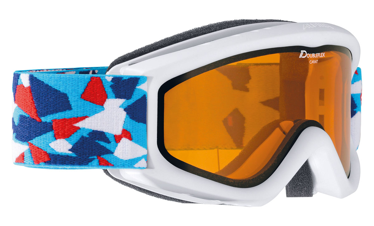 Очки горнолыжные Alpina Carat DH, цвет: синий, белый, красныйA7026115Детская горнолыжная маска Alpina: -двойные контрастные линзы; -100% защита от УФ А-В-С до 400 нм;-антифог покрытие снижает риск запотевания маски;-по контуру оправы расположены вентиляционные порты, улучшающие циркуляцию воздуха и снижающие риск запотевания маски; -категория защиты линз: 2 категория, для использования в условиях переменной облачности и пасмурной погоды без осадков.