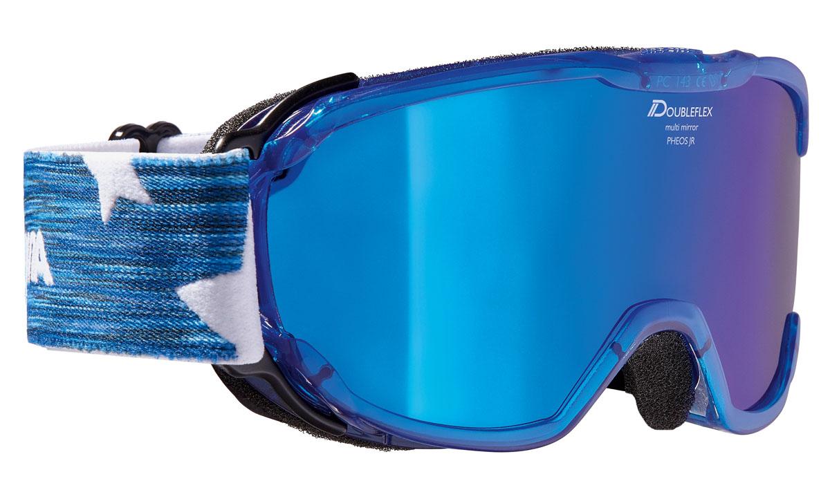 Очки горнолыжные Alpina Pheos JR. MM, цвет: белый, синийA7239882Комфортная легкая горнолыжная маска Alpina, которая станет отличным выбором для катания в облачную погоду. Она защитит вас от яркого света, снега и сильного ветра. Линза маски абсолютно не пропускает коротковолновое ультрафиолетовое излучение, как раз то, которое наносит вред сетчатки глаз. При этом обеспечивает естественную светопередачу, высокую контрастность, а за счет правильной геометрии - широкий угол обзора. В этой маске вы будете заблаговременно замечать коварные опасности склона и получать максимальное удовольствие от катания, но и от окружающей панорамы.Оправа со стороны лица имеет слой вспененного материала, который, деформируясь, принимает форму лица. Таким образом, достигается плотное прилегание маски, равномерное давление и исключение болевых точек.Вентиляционные отверстия в оправе обеспечивают циркуляцию воздуха, что предотвращает запотевание линзы.Угол обзора более 180 градусов.Ремешок крепится на подвижных шарнирах с внешней стороны рамы, благодаря чему маску гораздо удобнее использовать совместно со шлемом.Специальное противоскользящее покрытие с внутренней поверхности ремешка, предотвращает соскальзывание со шлема.