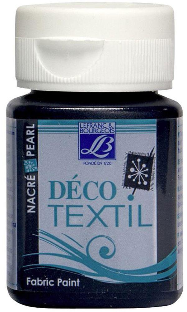Краска по ткани Lefranc & Bourgeois Deco Textil, цвет: перламутровый голубой минерал (746), 50 млLF174440Краски Deco Textil подходят для росписи различных тканей: хлопка, шерсти, льна, синтетических тканей, фетра, велюра. Краски по ткани на водной основе наносятся легко и безупречно ложатся на ткань. Благодаря своей структуре усиливают мягкость тканевой основы и подходят для росписи как светлых, так и темных тканей (для темных основ рекомендуется наносить краску в несколько слоев). Краски для росписи ткани отлично смешиваются между собой. После термофиксации утюгом краски по ткани не боятся машинной стирки, сохраняя яркость и контрастность цветов.