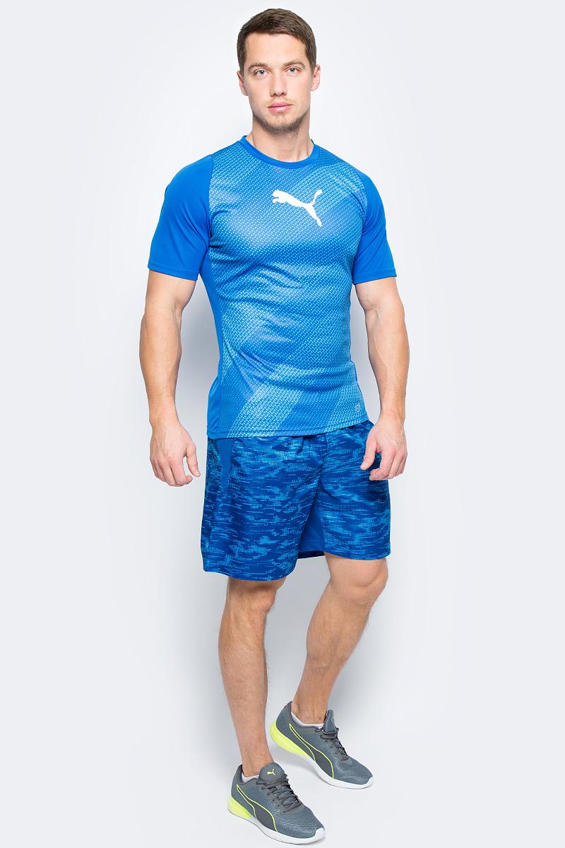 Футболка мужская Puma ftblTRG Graphic Shirt, цвет: голубой. 65535550. Размер S (44/46)65535550Модель декорирована логотипом Puma, нанесенным на правую сторону груди методом термопечати. Она изготовлена с использованием высокофункциональной технологии DryCell, которая отводит влагу, поддерживает тело сухим и гарантирует комфорт во время активных тренировок и занятий спортом. Фасон в обтяжку по фигуре оживляется вставками с графическим рисунком. Отделка спины сетчатым материалом обеспечивает отличную вентиляцию и препятствует перегреву.