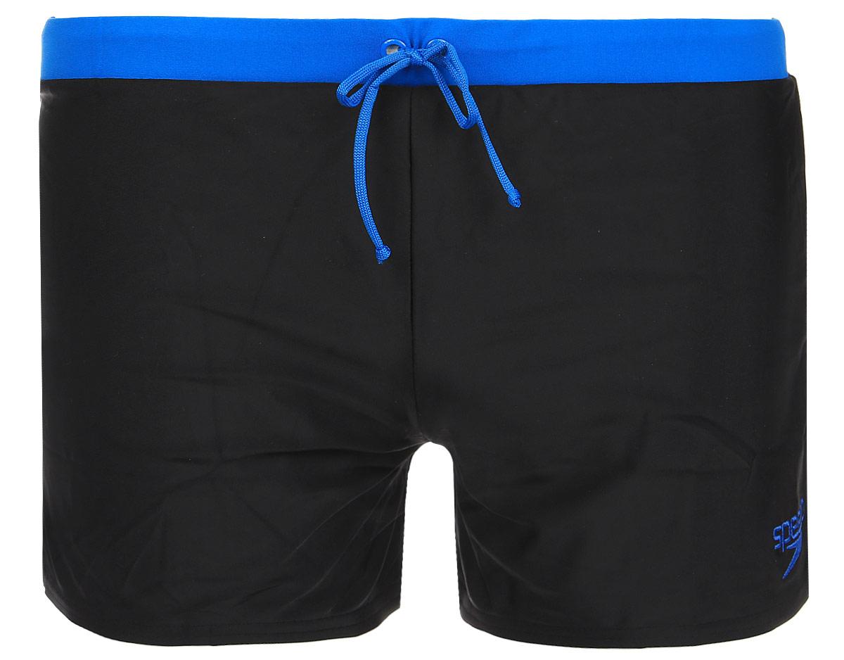 Плавки-шорты мужские Speedo Valmilton Aquashort, цвет: черный, голубой. 8-085172-5172. Размер 36 (46/48)8-085172-5172Яркие молодежные плавки-шорты с контрастным поясом Speedo Valmilton Aquashort - отличное решение как для занятий в бассейне, так и для отдыха на пляже. Плавки имеют пояс на мягкой эластичной резинке, дополнительно регулируемый шнурком, и удобно садятся по фигуре, обеспечивая комфорт при любых видах активности в воде.Изделие выполнено с использованием технологии Endurance 10, благодаря чему используемый материал в 10 раз более устойчив к разрушающему воздействию хлора, чем обычные ткани с эластаном и спандексом. Высота бокового шва: 27 см.