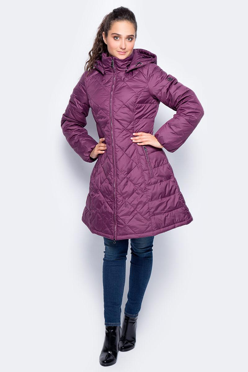 Пальто женское Finn Flare, цвет: фиолетовый. W17-11013_806. Размер S (44)W17-11013_806Пальто Finn Flare изготовлено из качественного полиэстера. Модель с длинными рукавами и съемным капюшоном застегивается на молнию. На талии имеется шнурок-утяжка. Пальто дополнено спереди прорезными карманами на молниях.