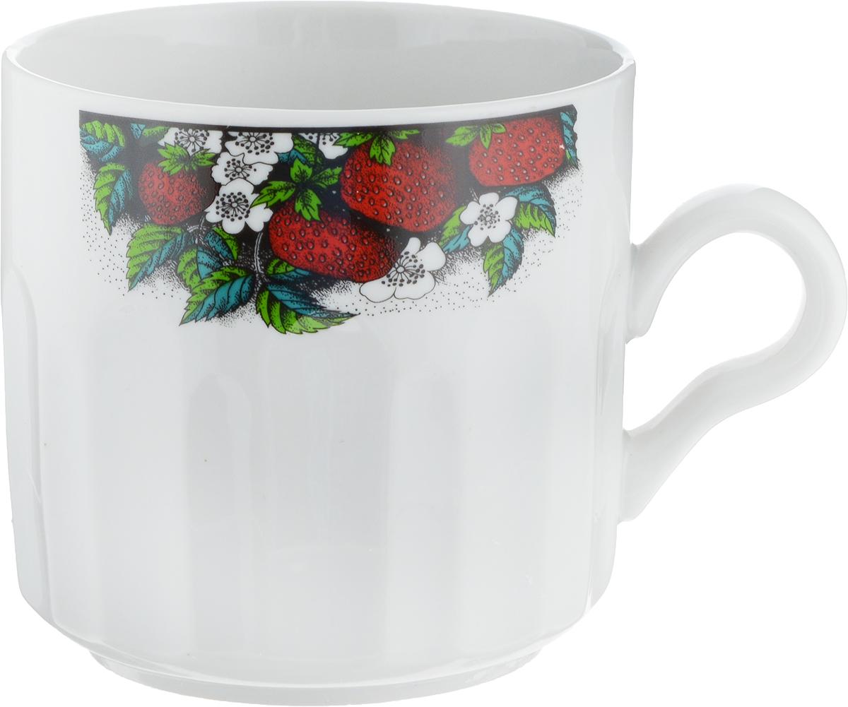 Кружка Фарфор Вербилок Земляника, 500 мл5722530Кружка Фарфор Вербилок Земляника способна скрасить любое чаепитие. Изделие выполнено из высококачественного фарфора. Посуда из такого материала позволяет сохранить истинный вкус напитка, а также помогает ему дольше оставаться теплым.Диаметр по верхнему краю: 9,5 см.Высота кружки: 9,3 см.