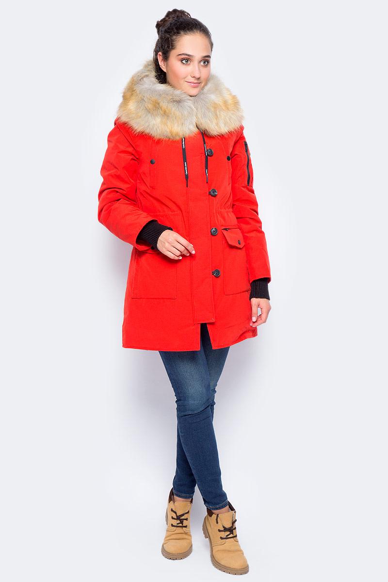 Куртка женская Calvin Klein Jeans, цвет: красный. J20J205707_6900. Размер M (44/46)J20J205707_6900Утепленная женская куртка Calvin Klein Jeans выполнена из плотного материала с подкладкой из полиэстера. Утеплитель из натурального пуха и пера. Модель с капюшоном, отделанным съемной меховой оторочкой, застегивается на застежку-молнию и дополнительно на ветрозащитный клапан с пуговицами. Рукава оснащены эластичными манжетами. Куртка имеет семь наружных карманов и один внутренний карман.
