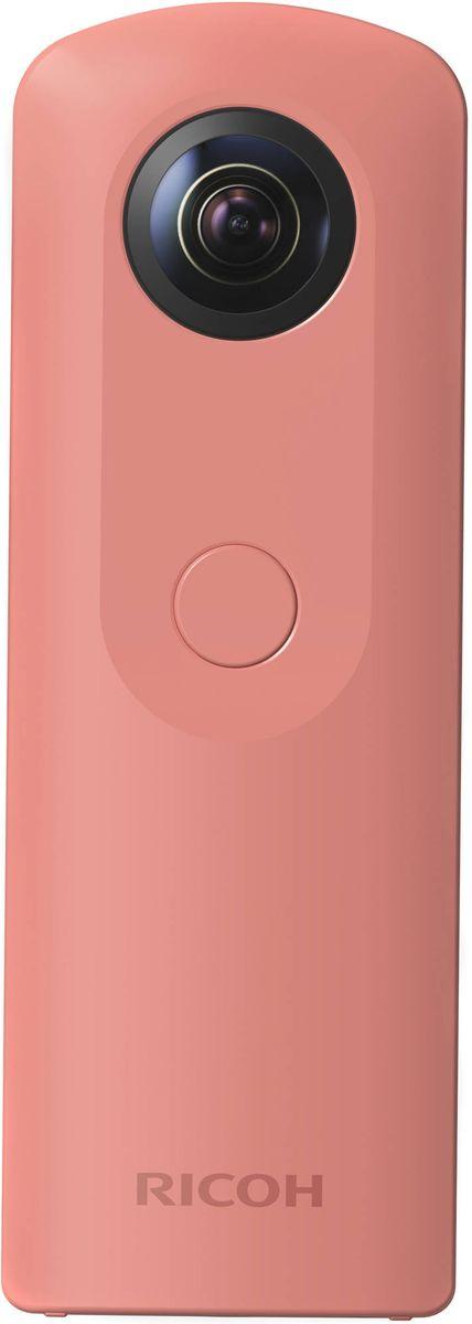 Ricoh Theta SC, Pink компактная фотокамераS0910741Ricoh Theta SC - начальная модель камеры для VR, съемки панорамных изображений и видео 360°.Данная модель позволяет получить сферическое изображение высокого качества с разрешением около 14 мегапикселей, благодаря сочетанию трех ключевых эксклюзивных технологий: двух высококлассных светосильных объективов (F2.0), пары КМОП-сенсоров (по 12 Мпикс каждый) и эксклюзивных алгоритмов склейки двух изображений.Панорамные снимки камеры отличают великолепная цветопередача, низкий уровень цифровых шумов при недостаточной освещенности и полное отсутствие следов «клейки двух полусфер изображения.Настройки, необходимые для качественных снимков, фотограф может сделать на смартфоне или планшете, связанным по Wi-Fi с камерой при помощи приложения с удобным обновленным интерфейсом.Ricoh Theta SC позволяет мгновенно загружать полученные изображения и видео 360° на специально созданный сайт theta360.com, а затем делиться ссылкой в любых соцсетях, таких как Facebook, Twitter, Instagram и Tumblr. Также доступно простейшее прямое размещение полученных изображений и видео 360° на Google MapsTM, Google+ и YouTube.При съемке с синхронизированного смартфона или планшета на экране мобильного устройства отображается живое изображение (только при фотосъемке). Это позволит вам контролировать конечный результат на Live-view дисплее во время съемки.Базовое приложение для смартфона позволяет дистанционно управлять cъемкой (со смартфона или планшета), поворачивать и масштабировать 360° изображения и видео в приложении так, как вам хочется и загружать сферические изображения в социальные сети. Приложение Ricoh Theta S позволяет управлять экспозицией и другими настройками при съемке, редактировать изображения, а также позволяет снимать в режиме time lapse.