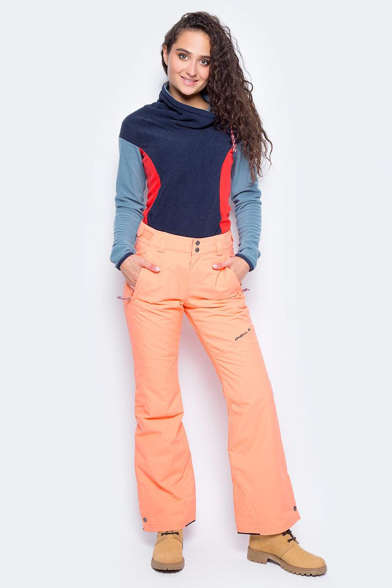 Брюки утепленные женские ONeill Pw Raivac Pant, цвет: оранжевый. 7P8612-3065. Размер M (46/48)7P8612-3065Утепленные брюки от ONeill с наполнителем выполнены из высококачественного плотного материала. Модель в поясе застегивается на кнопки и имеет ширинку на молнии. По бокам модель дополнена втачными карманами на молниях, сзади – прорезным карманом.