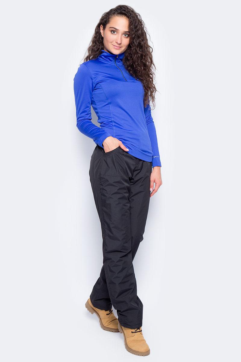 Лонгслив женский Luhta, цвет: синий. 838280584LV_350. Размер XS (42)838280584LV_350Женский лонгслив Luhta выполнен из высококачественного материала. Модель с воротником-стойка и длинными рукавами застегивается на небольшую молнию.