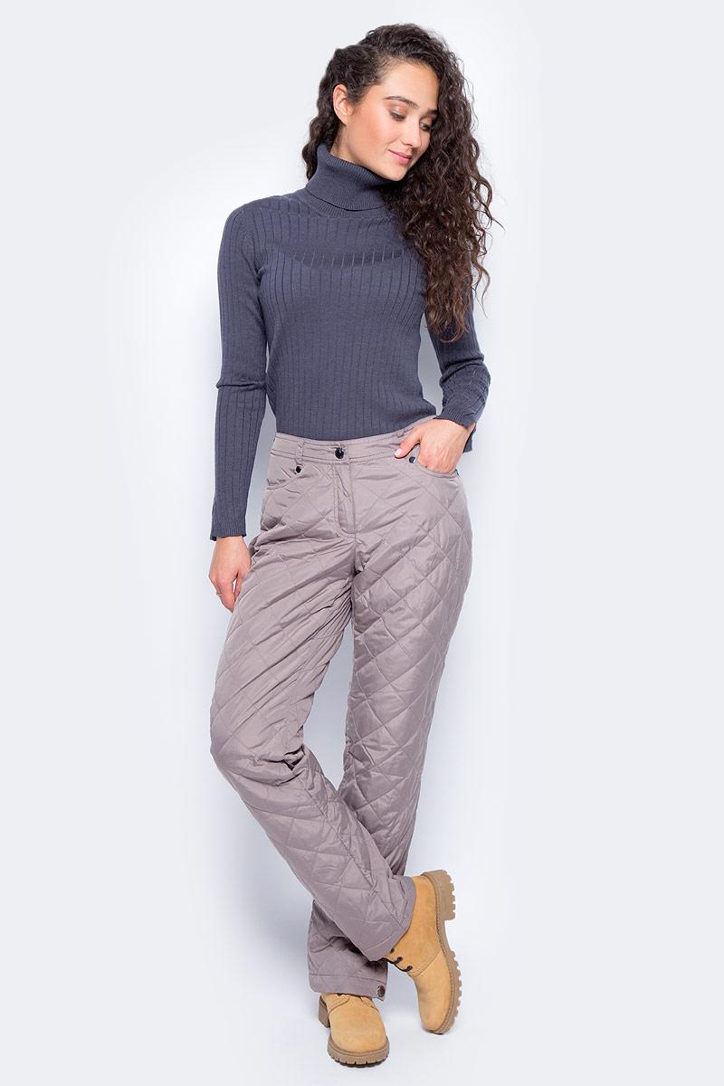 Брюки утепленные женские Finn Flare, цвет: серо-розовый. W17-12017_824. Размер S (44)W17-12017_824Утепленные брюки Finn Flare прямого кроя выполнены из износостойкого полиэстера. Брюки застегиваются на молнию и пуговицу. Спереди модель оформлена двумя втачными карманами, сзади - двумя накладными. Края брючин дополнены кнопками.