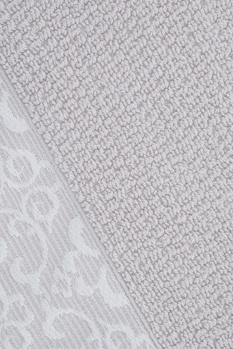 """Прекрасное полотенце Issimo Home """"Verda"""" выполнено из натуральной махровой ткани (100%  хлопок). Изделие отлично впитывает влагу, быстро сохнет и не теряет форму даже после  многократных стирок. Рекомендации по уходу: - режим стирки при 40°C, - допускается обычная химчистка, - отбеливание запрещено, - глажка при температуре подошвы утюга до 110°С, - барабанный отжим запрещен. Размер полотенца: 30 x 50 см."""