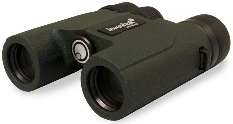 Levenhuk Karma PRO 8x25 бинокль67702Современные оптические технологии, удобство использования, сверхкомпактный корпус и водонепроницаемая конструкция – все это бинокль Levenhuk Karma PRO 8x25! Он одинаково хорошо подходит для наблюдения и близких, и удаленных от пользователя целей, широкое поле зрения позволяет охватить взглядом большое пространство. Бинокль не боится дождя, снега или тумана – с ним картинка всегда будет оставаться чистой и четкой.Одно из главных достоинств бинокля Levenhuk Karma PRO 8x25 – превосходная оптика из высококачественного стекла марки BaK-4. В конструкции окуляров используются 4 элемента в 3 группах – это позволяет получить максимально резкое и контрастное изображение. На линзы нанесено полное многослойное просветление, благодаря чему цвета получаются живыми и естественными. Корпус наполнен азотом, так что оптика не запотевает даже в плохую погоду. В любых условиях Levenhuk Karma PRO 8x25 дает яркую качественную картинку.Levenhuk Karma PRO 8x25 создан для требовательных пользователей, ценящих комфорт и удобство использования. Вы можете поменять межзрачковое расстояние, настроить диоптрии, с помощью поворотно-выдвижных наглазников найти оптимальное расстояние от глаз до линз окуляров – бинокль с легкостью подстраивается под особенности владельца. Надежный корпус с резиновым покрытием защитного цвета не скользит в руках. Бинокль полностью водонепроницаем.