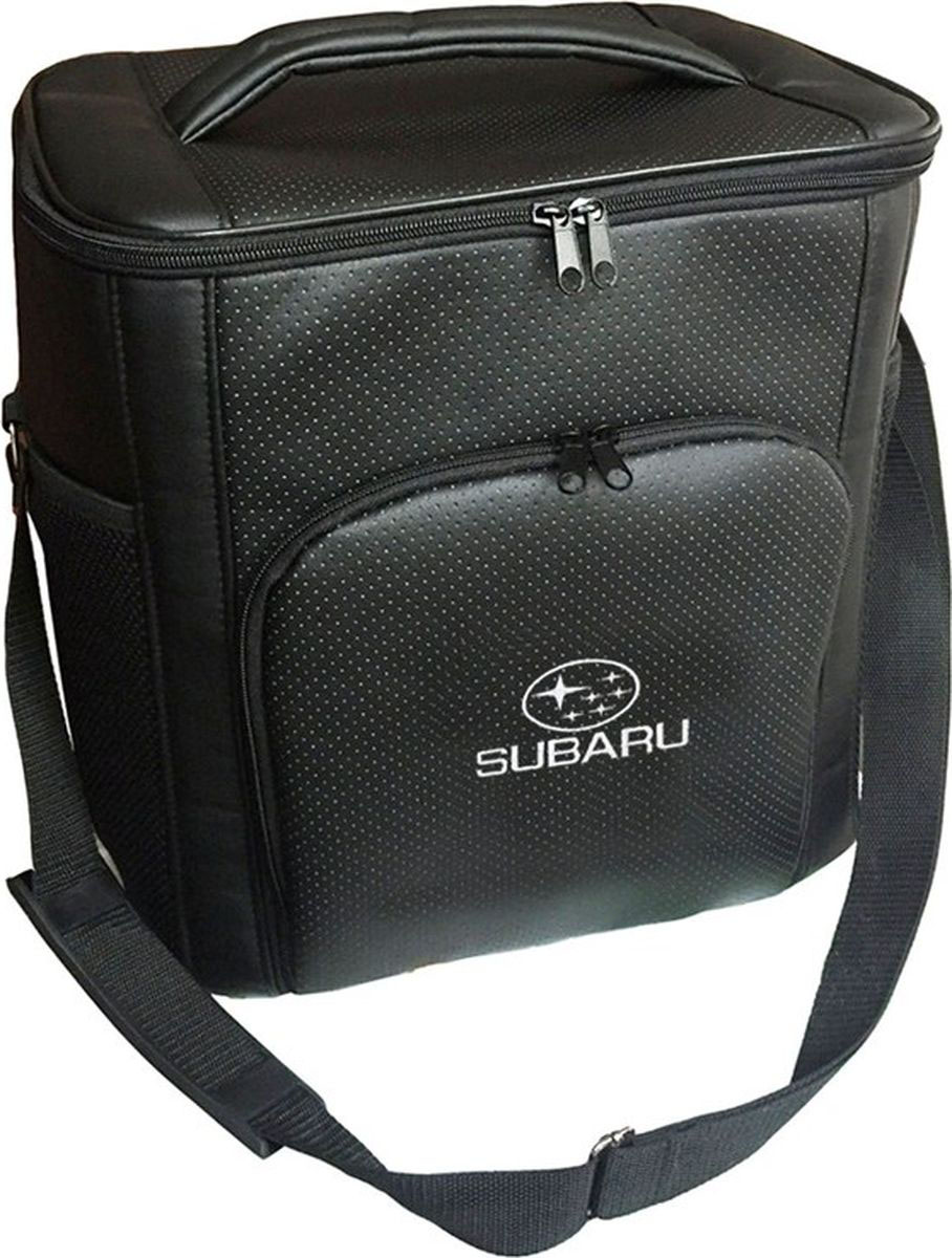 Термосумка Auto Premium Subaru, цвет: черный, 20 л. 7212572125Термосумка Auto Premium выполнена из экокожи с вышивкой SUBARU и оснащена регулируемым плечевым ремнем. Основное отделение и передний карман закрываются на молнию. Для дополнительного удобства термосумка имее два боковых сетчатых кармана. Ваши продукты сохранятся свежими, а напитки холодными даже в жару благодаря специальному внутреннему термоизоляцонному материалу АЛЮФОМ (РФ). Для более длительного подержания температурного режима рекомендуется использовать с аккумуляторами холода.Объем термосумки: 20 л.