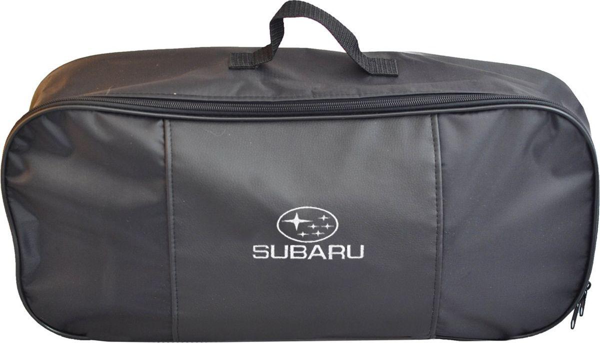 Автосумка аварийный набор Auto Premium Subaru. 6732467324Сумка для набора техосмотра выполнена из прочного и износоустойчивого материла (ПВХ 600) со вставкой из экокожи и вышивкой. Размер сумки 47х21х13 идеально подходит для хранения огнетушителя, знака аварийной остановки, буксировочного троса и т.п.