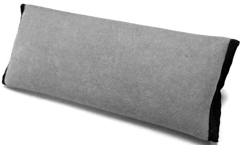 Накладка-подушка на ремень безопасности Auto Premium, цвет: серый. 7715477154Подушка-накладка на ремень безопасности выполнена из мягкого велюра с легкой фиксацией на липучке. Прекрасно подходит не только для длительных перездов, а также будет незаменима для комфортного сна.