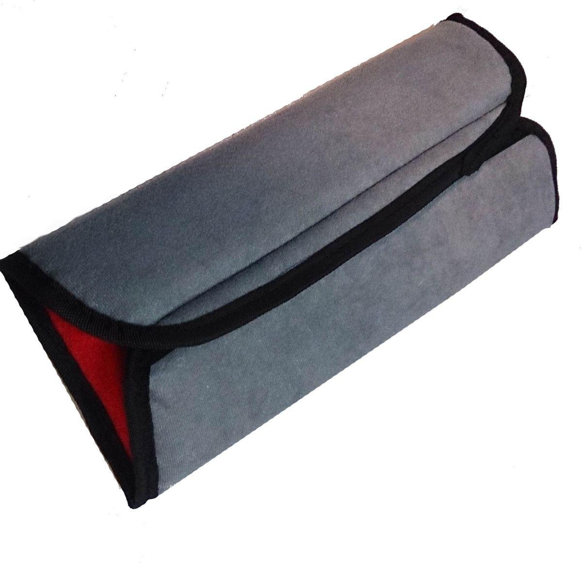 Накладка-подушка на ремень безопасности двухсторонняя Auto Premium, цвет: серый, красный. 7715877158Накладка-подушка на ремень безопасности Auto Premium выполнена из мягкого велюра с легкой фиксацией на липучке. Прекрасно подходит не только для длительных переездов, а также будет незаменима для комфортного сна.