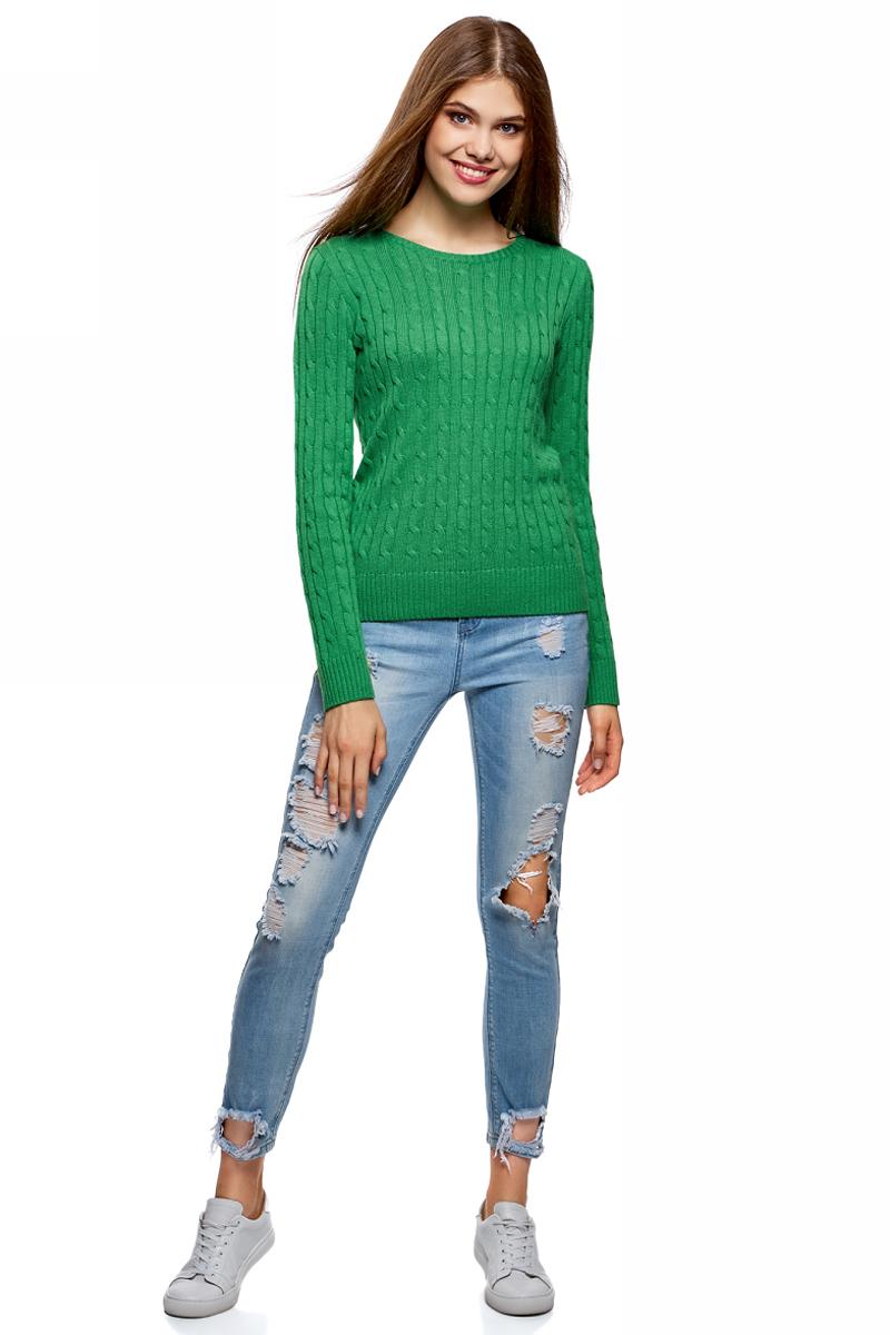 Джемпер женский oodji Collection, цвет: зеленый. 73807617B/43214/6D00N. Размер XS (42)73807617B/43214/6D00NВязаный джемпер от oodji в косичку выполнен из пряжи сложного состава. Модель с длинными рукавами и круглым вырезом горловины.