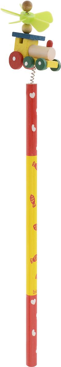 Карамба Карандаш простой Паровозик цвет корпуса красный желтый4620770208237_красный, желтыйЭтот забавный чернографитный карандаш легко найдет себе место на вашем столе. Деревянный корпус окрашен в красно-желтый цвета с орнаментом и декорирован фигуркой в виде паровозика, крепящегося при помощи пружины. На крыше паровоза расположен крутящийся пропеллер.Характеристики:Материал: дерево, пластик. Длина карандаша (без фигурки): 17,7 см. Размер фигурки: 3 см х 5 см.