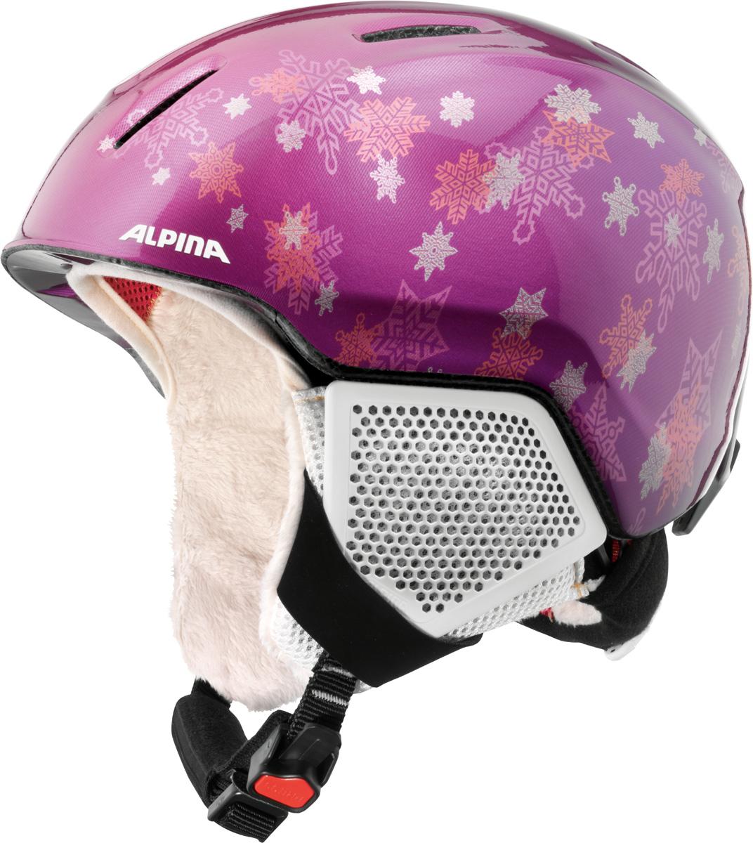 Шлем горнолыжный детский Alpina Carat LX, цвет: фиолетовый. A9081_52. Размер 51-55A9081_52Серия детских и подростковых шлемов Carat пополнилась моделью LX. Главным нововведением стало использование перфорации в жёстких наушниках, которые по-прежнему обеспечивают высокую степень защиты, но при этом позволяют слышать всё вокруг.• Вентиляционные отверстия препятствуют перегреву и позволяют поддерживать идеальную температуру внутри шлема. Для этого инженеры Alpina используют эффект Вентури, чтобы сделать циркуляцию воздуха постоянной и максимально эффективной.• Внутренник шлема легко вынимается, стирается, сушится и вставляется обратно.• Из задней части шлема можно достать шейный утеплитель из мякого микро-флиса. Этот теплый воротник также защищает шею от ударов на высокой скорости и при сибирских морозах. В удобной конструкции отсутствуют точки давления на шею.• Прочная и лёгкая конструкция In-mold. Тонкая и прочная поликарбонатная оболочка под воздействием высокой температуры и давления буквально сплавляется с гранулами EPS, которые гасят ударную нагрузку.• Внутренная оболочка каждого шлема Alpina состоит из гранул HI-EPS (сильно вспененного полистирола). Микроскопические воздушные карманы эффективно поглощают ударную нагрузку и обеспечивают высокую теплоизоляцию. Эта технология позволяет достичь минимальной толщины оболочки. А так как гранулы HI-EPS не впитывают влагу, их защитный эффект не ослабевает со временем.• Удобная и точная система регулировки Run System Ergo Snow позволяет быстро и комфортно подогнать шлем по голове, без создания отдельных точек избыточного давления.• Y-образный ремнераспределитель двух ремешков находится под ухом и обеспечивает быструю и точную посадку шлема на голове.• Вместо фастекса на ремешке используется красная кнопка с автоматическим запирающим механизмом, которую легко использовать даже в лыжных перчатках. Механизм защищён от произвольного раскрытия при падении.