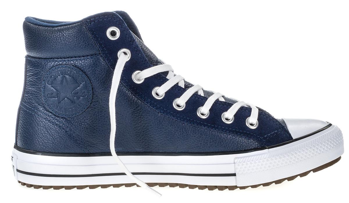 Кеды мужские Converse Chuck Taylor All Star Boot PC, цвет: синий. 157495. Размер 10 (44)157495Высокие мужские кеды Converse Chuck Taylor All Star Boot PC созданы для тех, кто предпочитает оригинальный дизайн и непревзойденное качество. Кеды выполнены из натуральной кожи и сбоку оформлены тисненым логотипом бренда. Классическая шнуровка надежно зафиксирует обувь на ноге. Стелька и подкладка из мягкого текстиля комфортны при ходьбе. Массивная контрастная подошва изготовлена из износостойкой резины и дополнена рифлением, обеспечивающим идеальное сцепление с любыми поверхностями. Удобные кеды - отличное решение на каждый день для тех, кто ведет активный образ жизни.