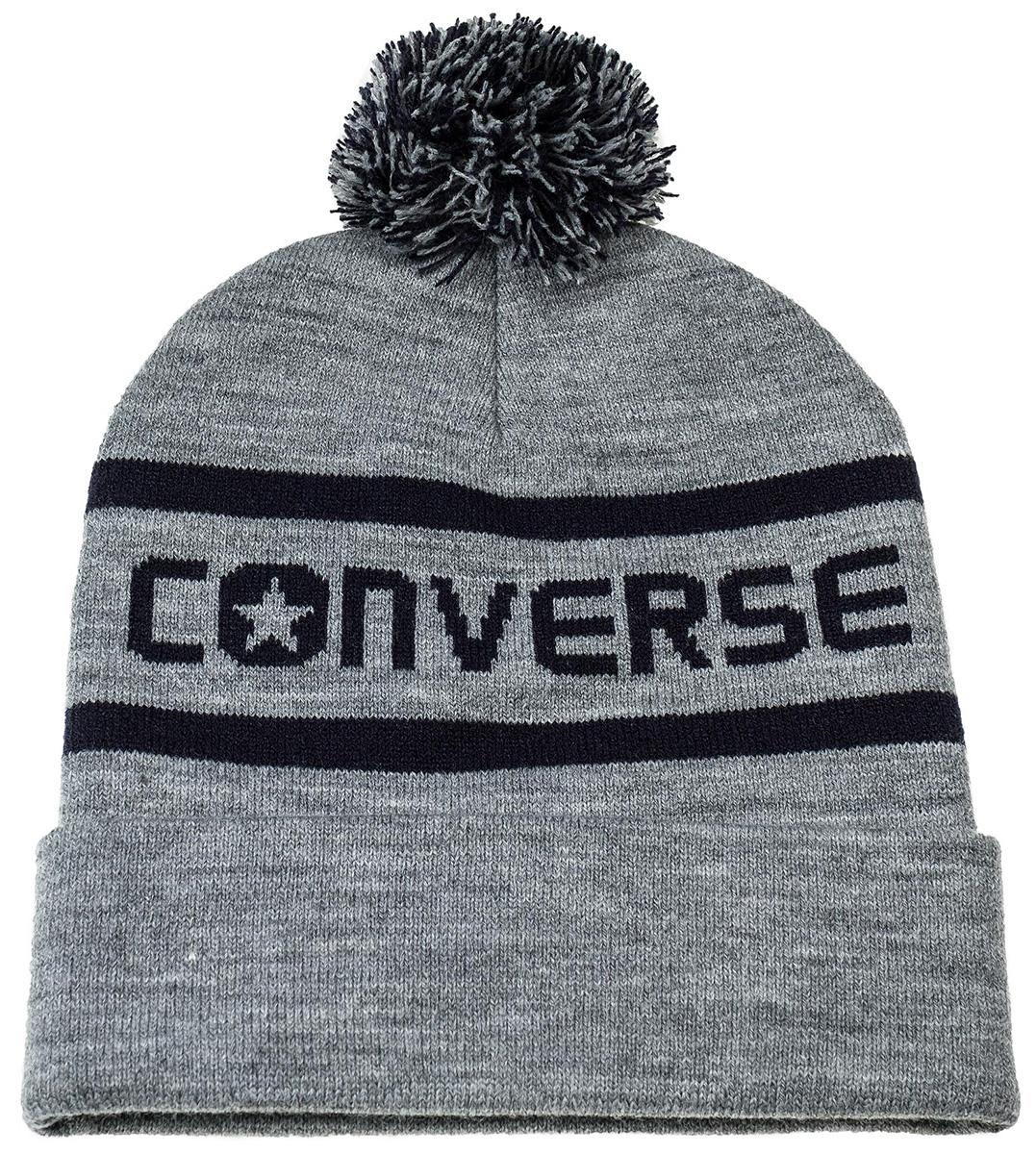 Шапка Converse Wordmark Pom Knit, цвет: серый. 562285. Размер универсальный562285Шапка Converse изготовленная из 100% акрила мягкая, комфортная и теплая. Практичная форма шапки делает ее очень комфортной. Качественная пряжа не линяет и не растягивается. Модель дополнена отворотом и помпоном.. Шапка Converse прекрасно дополнит ваш наряд и не позволит вам замерзнуть в прохладное время года.
