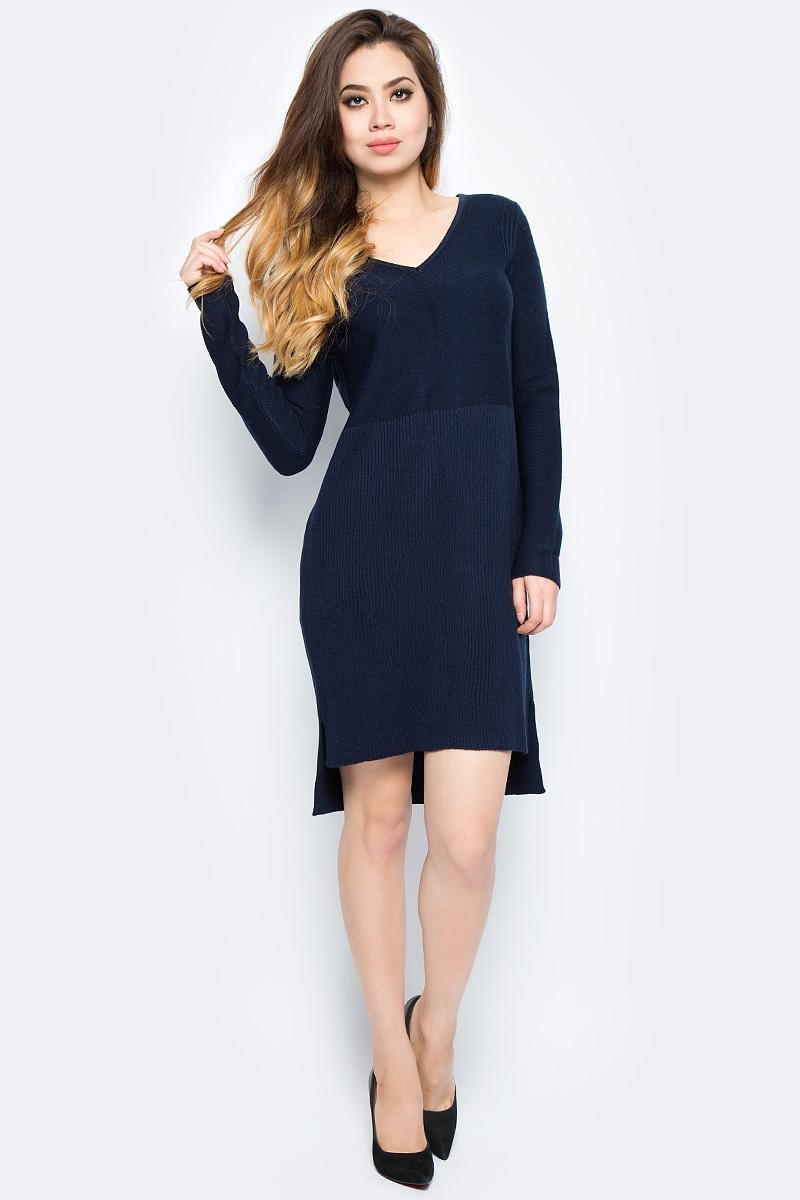 Платье женское Baon, цвет: синий. B457566_Dark Navy. Размер S (44)B457566_Dark NavyСтильное трикотажное платье Baon выполнено из шерсти и акрила. Модель облегающего кроя с длинными рукавами и V-образным вырезом горловины имеет ассиметричную длину подола. В таком платье вам будет тепло и уютно в осенне-зимний период. Изделие займет достойное место в вашем гардеробе.