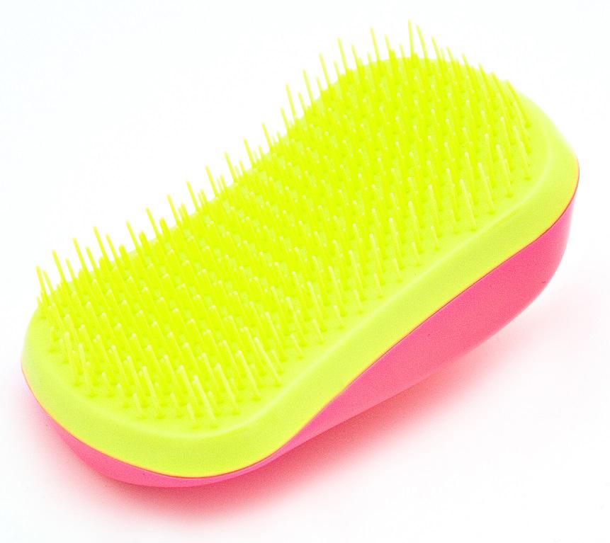 Beautypedia Распутывающая расческа Premium, цвет: розовый2000531694219Расческа Beautypedia premium легко справляется с запутанными, длинными, мокрыми волосами, прекрасно прочесывает даже самую густую шевелюру, обладает антистатическим эффектом, легко расчесывает пряди от корней до самых кончиков, не повреждая и не выдирая волосы. Перед расчесыванием можно нанести сыворотку, маску или кондиционер. Расческа имеет привлекательный дизайн и компактные размеры, что сделает ее незаменимым аксессуаром в вашей сумочке.