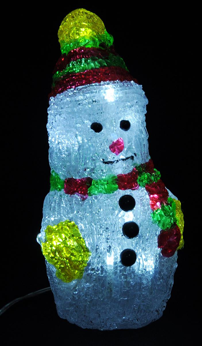 Светильник декоративный Vegas Снеговик, светодиодный, 16 ламп, высота 20 см55102Декоративный светильник Vegas Снеговик, выполненный из пластика в виде милого снеговика, предназначен для создания праздничной атмосферы. Применяется как для внешнего, так и для внутреннего декорирования. Изделие создаст особое настроение новогоднего торжества. Украшение светится холодным светом и работает от сети 220 v.Декоративный светильник Vegas Снеговик принесет в ваш дом ни с чем не сравнимое ощущение праздника!Размер светильника: 10,5 х 9 х 20 см.Степень защиты: IP 44.Мощность: 0,96 W.