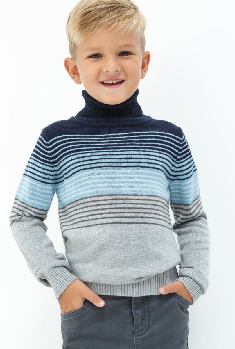 Свитер для мальчика Acoola Subaru, цвет: серый. 20120310046. Размер 11020120310046Свитер для мальчика Acoola выполнен из качественного материала. Модель с воротником гольф и длинными рукавами.