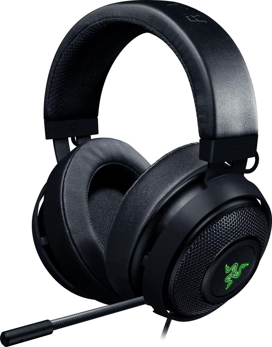 Razer Kraken 7.1 V2 Oval, Black игровая гарнитураRZ04-02060200-R3M1Игровая гарнитура Razer Kraken 7.1 V2 Oval с передовой системой формирования виртуального объемного многоканального звука 7.1. Для точного позиционного аудио она оснащена новыми мощными 50 мм динамиками Razer с индивидуальной настройкой. Конструкция закрытого типа с максимальной звукоизоляцией для невероятного реализма звучания с эффектом присутствия выводит процесс игры на новый уровень. Активный MEMS микрофон с подавлением шума обеспечивает непревзойденную чистоту голосовых команд в игре. Оптимизированная форма с оголовьем, выполненным из прочного и легкого алюминия, и съемными амбушюрами позволяет настраивать желаемый уровень комфорта. Встроенная передовая система виртуального объемного звука 7.1 позволяет гарнитуре Razer Kraken 7.1 V2 Oval формировать позиционное аудио с идеальной точностью. Настраивайте объемный звук согласно своим предпочтениям с помощью Razer Synapse, чтобы определять местонахождение противника для точного удара и гарантированной победы.Для формирования эффекта присутствия были разработаны 50 мм динамики Razer с индивидуальной настройкой, обеспечивающие непревзойденное звучание. Уникальная звуковая сигнатура этих впечатляющих динамиков воспроизводит кристально чистые высокие тона и грохот басов, которые помещают вас в центр событий.Усовершенствованное оголовье гарнитуры Razer Kraken 7.1 V2 Oval, выполненное из алюминия, отличается легким весом и невероятной гибкостью, обеспечивая повышенную износостойкость без потери комфорта, характерного для всей серии продуктов Razer Kraken.Для обеспечения кристально четких коммуникаций гарнитура Razer Kraken 7.1 V2 Oval оснащена полностью выдвижным микрофоном с активным подавлением шума.В вашем распоряжении целый мир возможностей для исключительной персонализации и выражения собственного стиля с помощью невероятных визуальных эффектов. Настраивайте цветовую палитру и синхронизируйте ее с другими периферийными устройствами, поддерживающими 