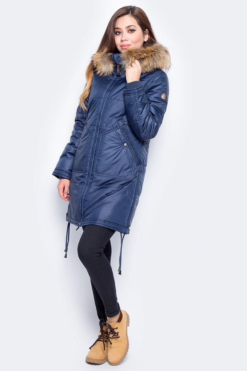 Куртка женская Baon, цвет: синий. B037557_Dark Navy. Размер L (48)B037557_Dark NavyЖенская куртка Baon изготовлена из водоотталкивающей и ветрозащитной ткани. В качестве утеплителя используются полиэстер. Удлиненная модель с воротником-стойкой и капюшоном застегивается на застежку-молнию. Спереди расположены два кармана. Капюшон оформлен натуральным мехом енота. По нижнему краю предусмотрена кулиска с завязками по бокам.