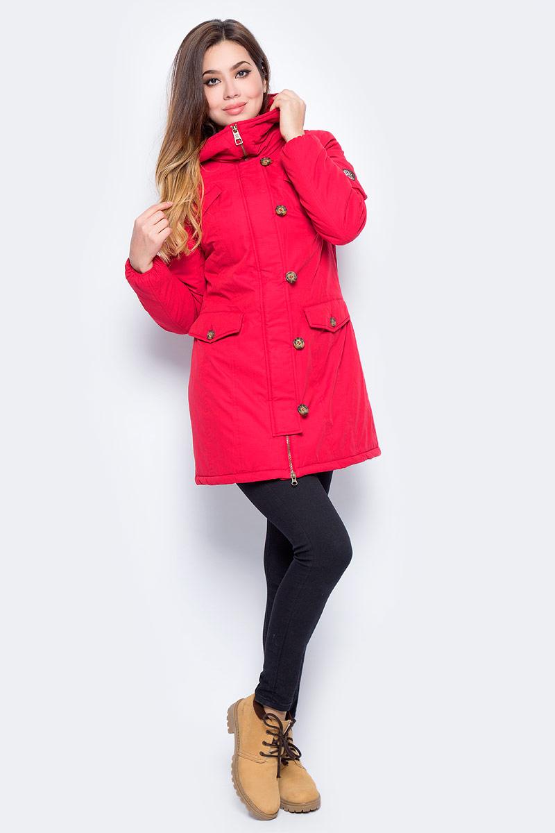 Куртка женская Baon, цвет: красный. B037511_Rubin. Размер S (44)B037511_RubinУдлиненная женская куртка Baon с капюшоном выполнена из хлопка с добавлением полиэстера. Модель застегивается на застежку-молнию и имеет ветрозащитный клапан на пуговицах. Изделие дополнено двумя нагрудными карманами, двумя боковыми карманами с клапанами на пуговицах и небольшим кармашком на молнии, расположенным на рукаве. Капюшон оснащен вшитой металлической молнией. Теплая и стильная куртка займет достойное место в вашем гардеробе.