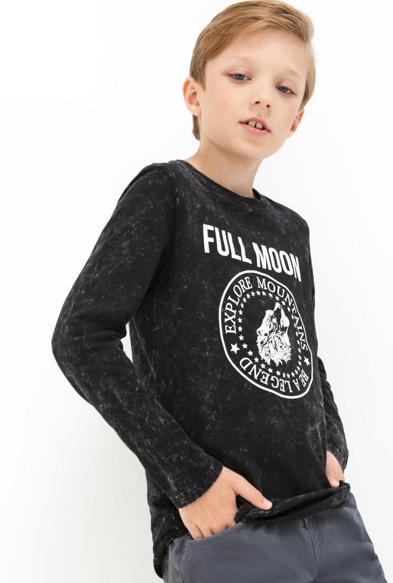 Лонгслив для мальчика Acoola Daly, цвет: темно-серый. 20110100099. Размер 15820110100099Лонгслив для мальчика Acoola выполнен из натурального хлопка. Модель с круглым вырезом горловины и длинными рукавами.
