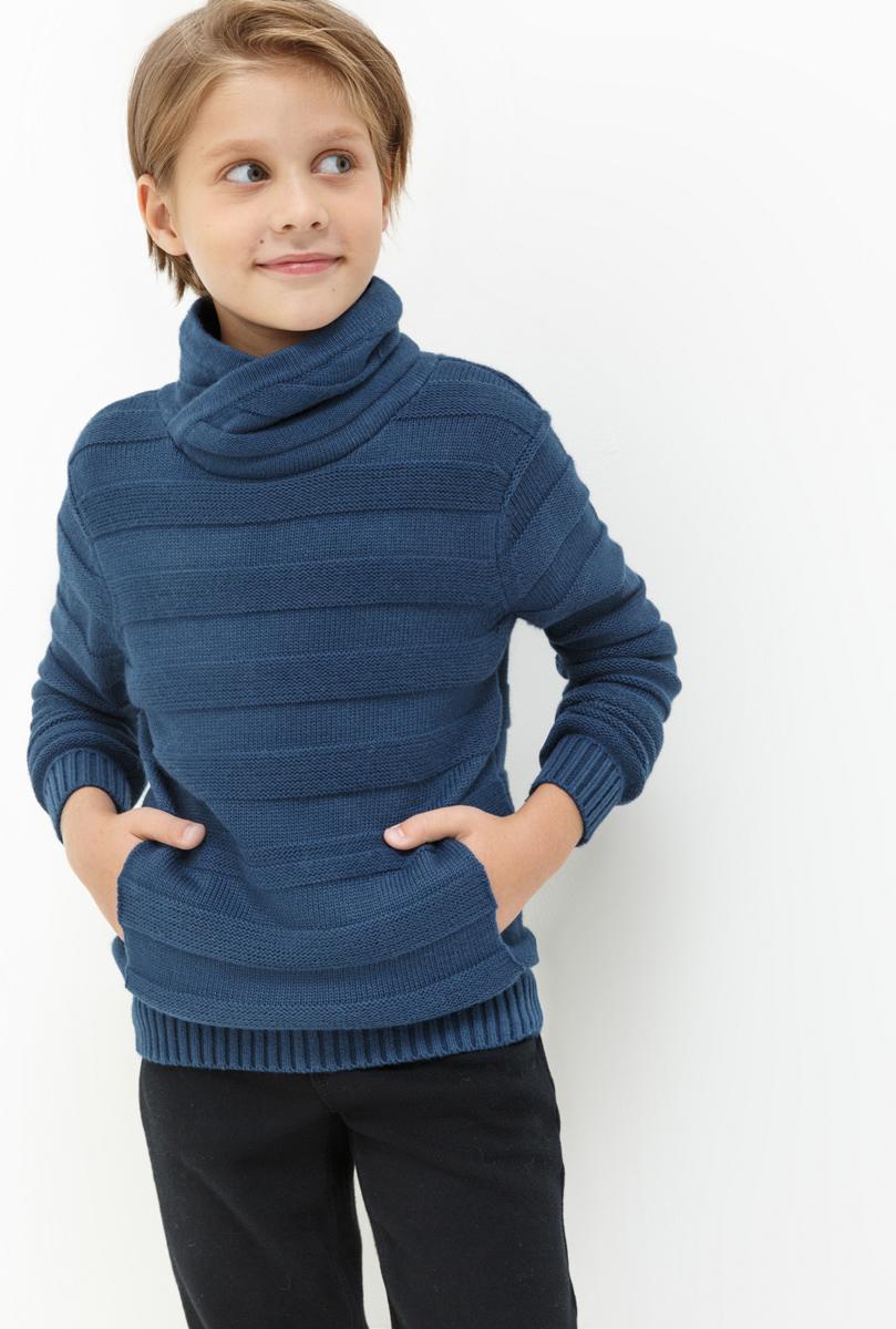 Свитер для мальчика Acoola Klimt, цвет: темно-синий. 20110310048. Размер 14020110310048Свитер для мальчика Acoola Klimt выполнен из качественного материала. Модель с воротником гольф и длинными рукавами.
