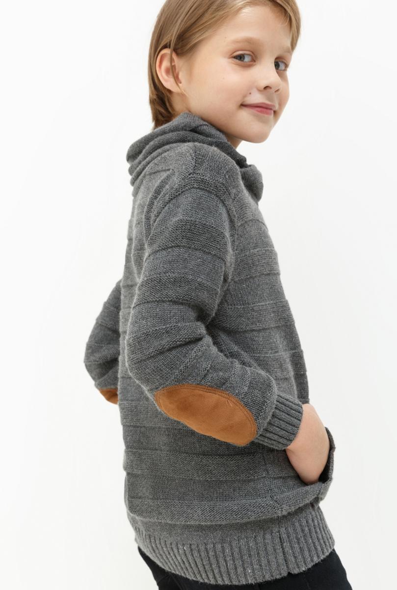 Свитер для мальчика Acoola Klimt, цвет: серый. 20110310048. Размер 17020110310048Свитер для мальчика Acoola Klimt выполнен из качественного материала. Модель с воротником гольф и длинными рукавами.