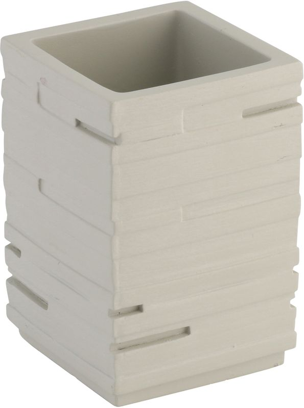 """Стакан Axentia """"San Diego"""" - незаменимый аксессуар для ванной комнаты.  Он изготовлен из полирезины и выполнен в оригинальным дизайне с текстурой имитирующей камень. Полирезин - безопасный современный и прочный полимерный материал, из которого производят прочные и долговечные изделия домашнего обихода. Материал не нуждается в специальном уходе.  Размеры: 7,5 x 7,5 x 10,5 см."""