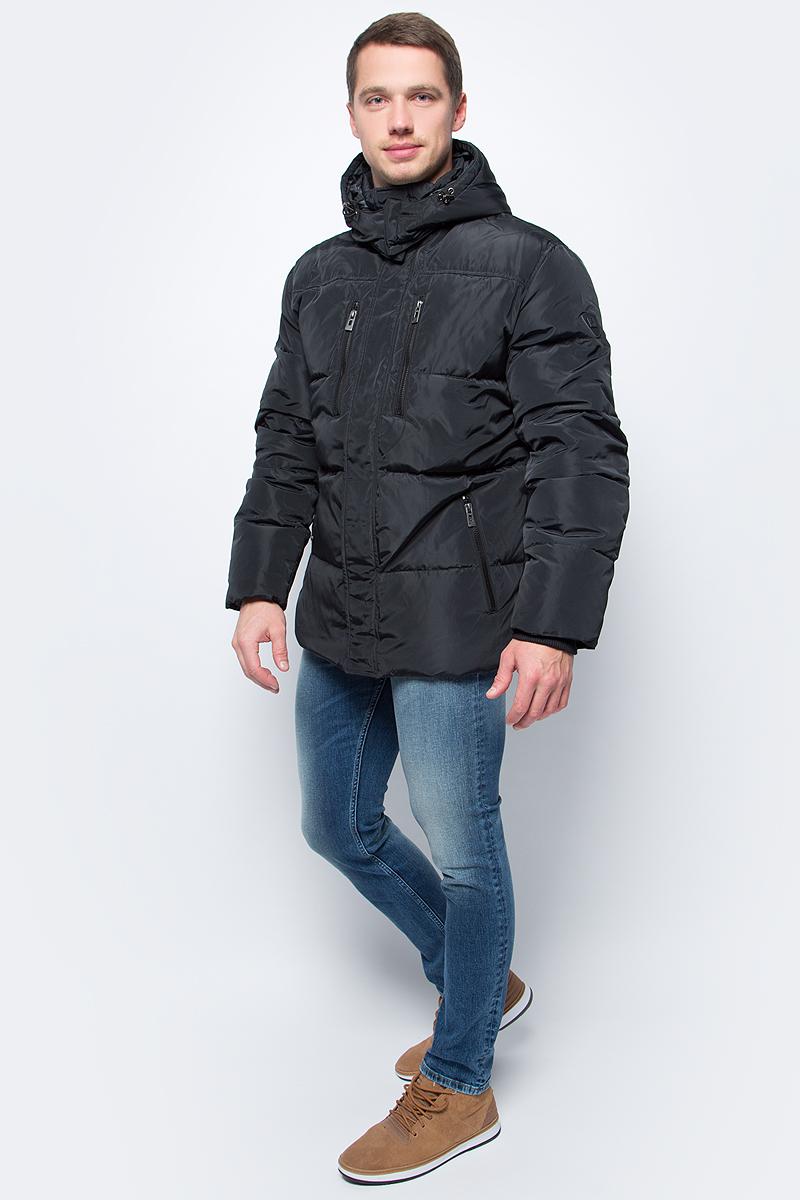 Пуховик мужской Baon, цвет: черный. B507509_Black. Размер XXL (54)B507509_BlackСтильный мужской пуховик Baon, выполненный из высококачественных материалов, обеспечит максимальный комфорт при различных погодных условиях. Изделие с капюшоном и длинными рукавами застегивается на застежку-молнию и дополнительно имеет ветрозащитную планку на кнопках. Капюшон, регулируемый эластичной кулиской со стопперами, съемный. Рукава оснащены эластичными манжетными резинками, препятствующими проникновению холодного воздуха. Спереди модель дополнена двумя нагрудными и двумя боковыми карманами на молниях. Этот теплый пуховик послужит отличным дополнением к вашему гардеробу!