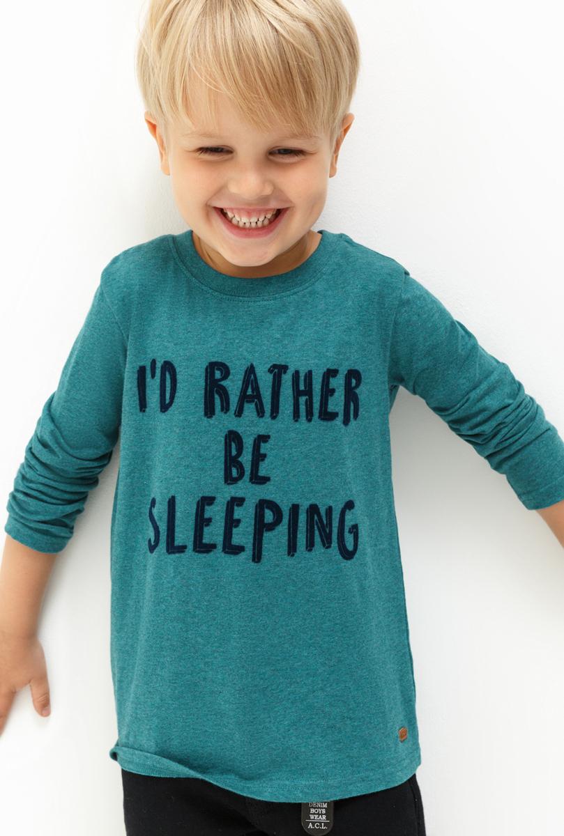 Лонгслив для мальчика Acoola Max, цвет: синий. 20120100110. Размер 11620120100110Лонгслив для мальчика Acoola выполнен из натурального хлопка. Модель с круглым вырезом горловины и длинными рукавами.