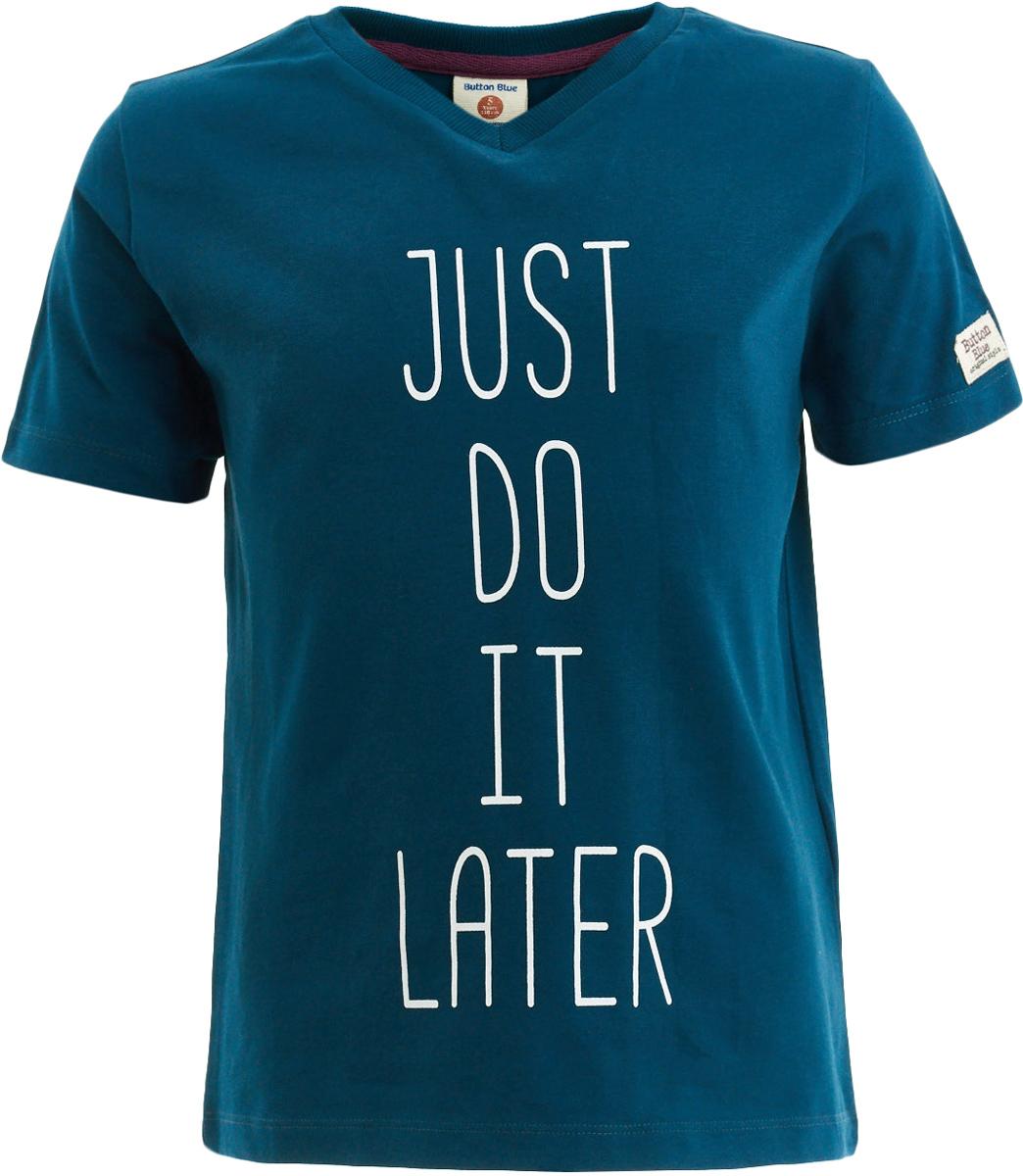Футболка для мальчика Button Blue, цвет: темно-зеленый. 217BBBC12010500. Размер 98, 3 года217BBBC12010500Футболка с коротким рукавом - основная составляющая детского гардероба. Дети быстро растут и часто меняют свои предпочтения, поэтому всем практичным родителям надо приобретать детские футболки недорого, чтобы обеспечить ребенку должное разнообразие. Если вы хотите купить недорогую детскую футболку, модель от Button Blue - прекрасный вариант. Интересная футболка с принтом выглядит ярко, свежо и привлекательно. Она подарит прекрасный внешний вид и комфорт, а также возможность экспериментировать, создавая модные многослойные решения.
